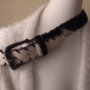 Accessories - Vintage cowhair black and white fur belt medium